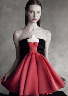 Theatre-Dior-by-Patrick-Demarchelier-02