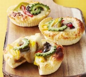 ベーカーズアントレ 島野菜の焼きチーズカレーパン