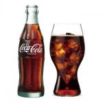 コカ・コーラ飲み比べやアンティークグッズの展示も!ヒルトンプラザ&ハービス合同企画~コカ・コーラ Happy Christmas~